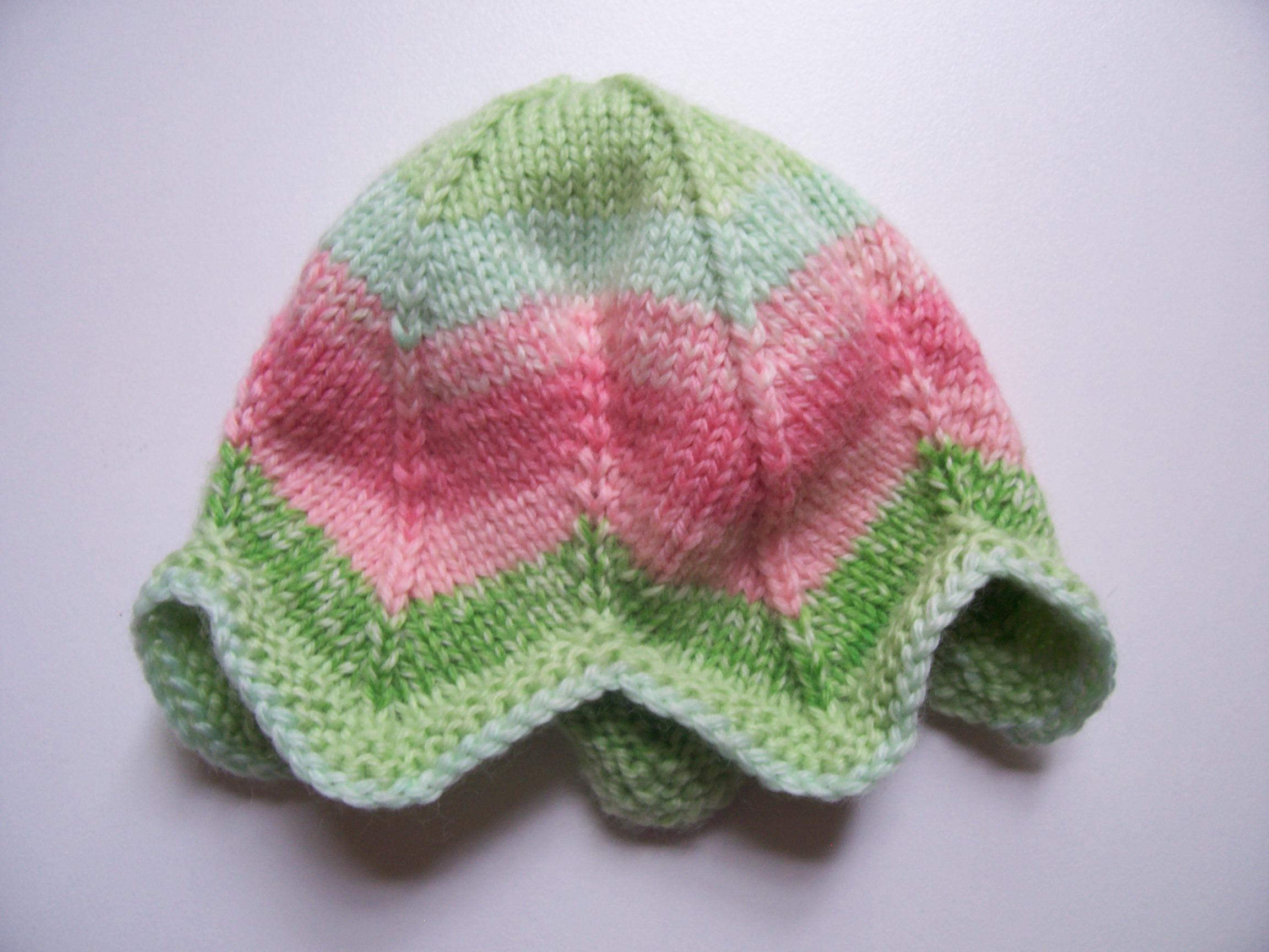 Free Knitting Patterns For Preemie Blankets : Tulip Preemie Hat a k n i t i c a